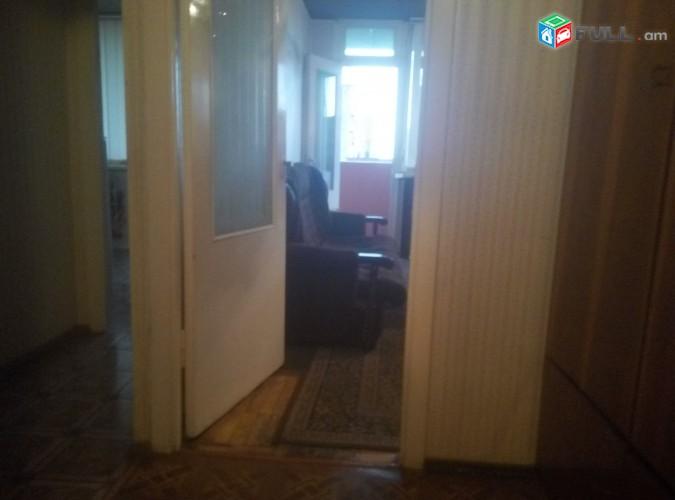 Տրվում է վարձով, 1-սենյականոց բնակարան, Ամիրյան 12