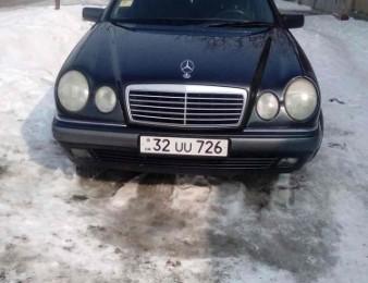 Mercedes-Benz -     E 200 , 1997թ.