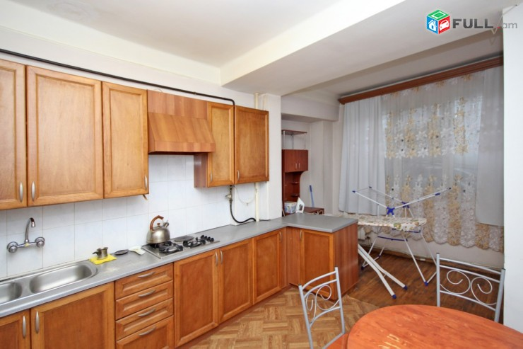 Посуточно квартира на ул. Бузанда