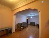 3 սենյականոց բնակարան Շենգավիթում` Մանթաշյան  փողոցում