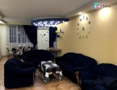 Վարձով է տրվում 3 սենյականոց բնակարան Կենտրոնում Դեմիրճյան փողոցում