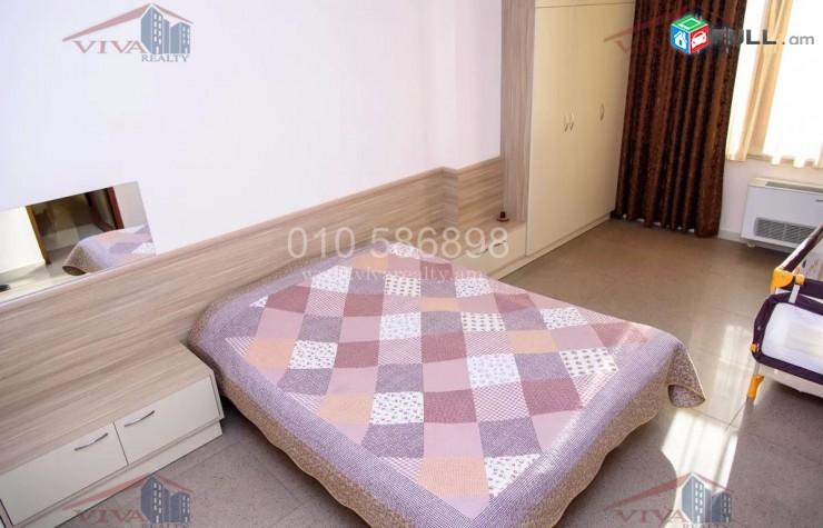Վաճառվում է  4 սենյականոց բնակարան, 22028
