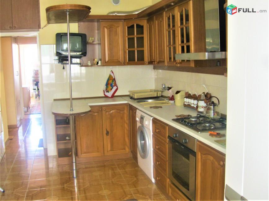 2 սենյականոց բնակարան Խորենացու փողոցում,  կապիտալ վերանորոգված For Rent Կոդ B1191