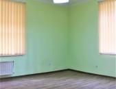 Գրասենյակային տարածք Տպագրիչների փողոցում կենտրոնում, 80 ք.մ.  for rent  Կոդ G1391
