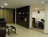 Գրասենյակային տարածք կենտրոնում, վերանորոգված կոդ G1032