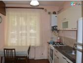 Վարձով բնակարան, 4 սենյակ, մետրոին մոտ, կոդ B1075