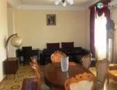 Կենտրոն, վարձով է տրվում 4 սենյականոց բնակարան Մաշտոցի պողոտայում