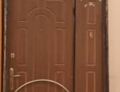 Երկաթե մուտքի դուռ
