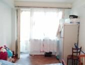 Վաճառվում է 3 դարձնելու 4 սենյականոց բնակարան փոքր կենտրոնում