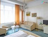 Hotel Pension Baronesse Vienna