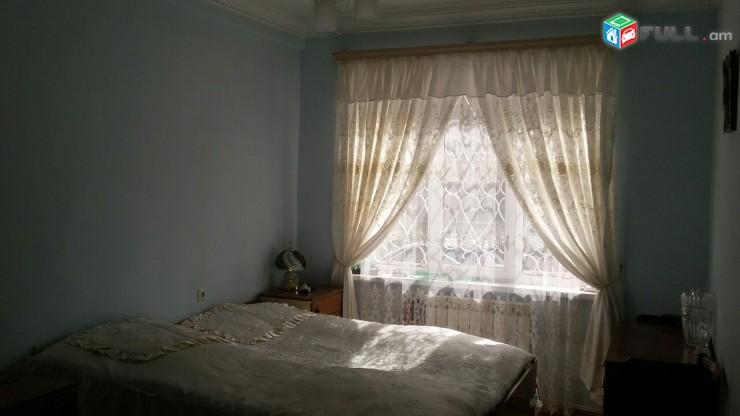 Վաճառվում է 3 սենյականոց բնակարան Երևանում