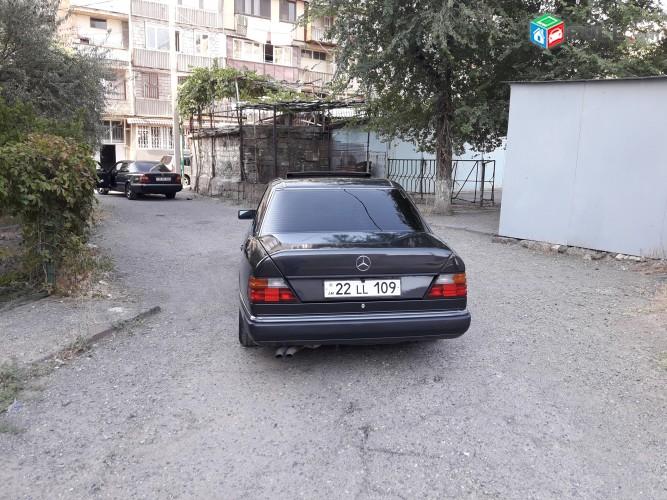 Mercedes-Benz 200 , 1992թ.