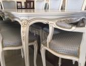 Սեղանների և աթոռների լայն ընտրանի