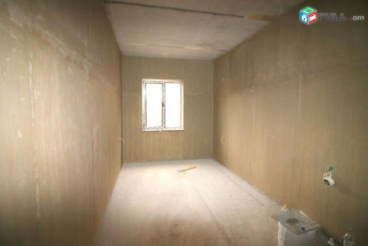 3 սենյականոց նորակառույց տուն Հաղթանակ թաղ., Կոդ - 50139