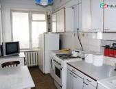 վաճառվում է 3 սենյականոց բնակարան Դեմիրճյան փողոցում ID՝ 3005