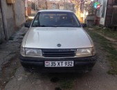 Opel Vectra, 1992 թ. 1.6 prastoy gaz 1.3