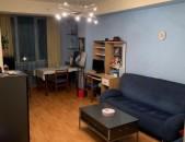 Կոդ-13349: Վաճառվում է 1 սենյակը 2-ի ձևափոխած բնակարան Հանրապետության փողոցում:
