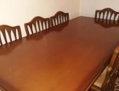 Մալազիական սեղան իր ութ աթոռներով / Malaziakan sexan