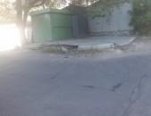 Varcov butka (կրպակ) 15 թաղ առևտուրի կամ կոշկակարի բուտկա մանկական այգում մոտ