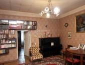 Հ. Ր. Ա. Տ. Ա. Պ, Էժան 3սենյակ, Ստալինկա-H=3,2m,  1-ին գիծ / 86m2 / For sale
