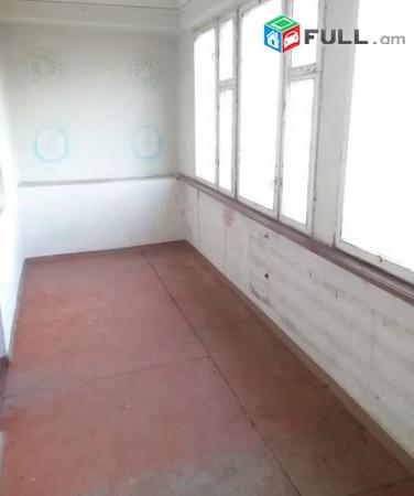 2 սենյականոց բնակարան Բազում թաղամասում