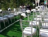 Վարձույթով Սպիտակ աթոռ, աթոռներ, սեղան, սեղաններ, դեկոռատիվ լույսեր. spitak ator