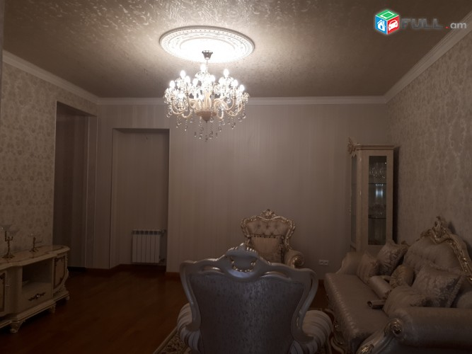 Vajarvum e 4 senyak Sayat-Nova poghotai vra Gerazanc veranorogvac