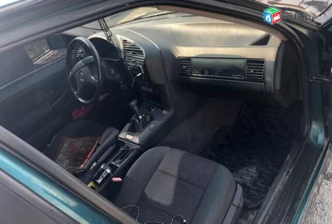BMW 318 , 1993թ․         1.3 gaz