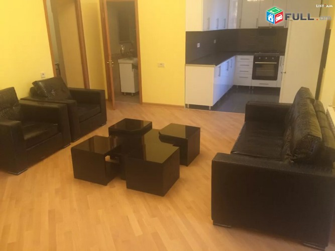 Վարձով է տրվում 3 սենյականոց բնակարան Թումանյան փ / Tumanyan varcov kestron 3s