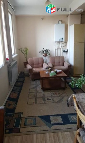 3 սենյականոց բնակարան- (սակարկելի) կենտրոնում / 3 senyakanwc bnakaran kentronum