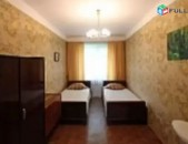 KOD (R0396) 3sen Bnakaran Amiryan Zakyan hatvacum. In the center 3 rooms apartme