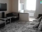 Kod- (R0553) 3 sen. Bnakaran Qajaznuni Zovqi harevanutyamb (apartment for rent)