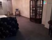 3sen. Bnakaran Zakyan poxocum. Hraparakin kic KOD- (R0214) (apartment for rent)