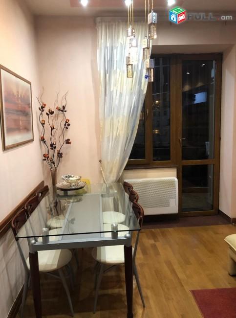 Բնակարան քարե շենքի 2-րդ հարկ Մոսկովյան փողոց