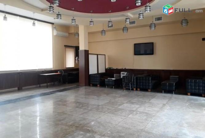 Վարձով տարածք Ավանում առաջին գիծ վիտրաժ Բ0112