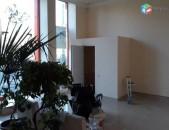 Վարձով է տրվում տարածք կոմիտասի պողոտայում (for rent) Բ0051