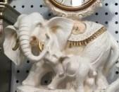Mec jamacuyc nor pix elephant