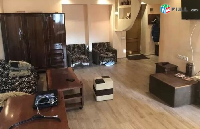 Բնակարան Աբովյան փողոցում 40 ք. մ. մակերեսով, ԻԴ 102529