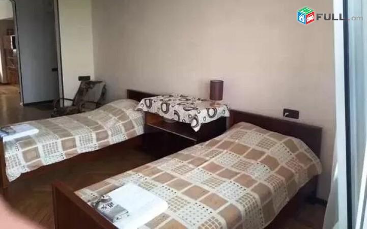 3 սենյականոց բնակարան Ագաթանգեղոս փողոցում
