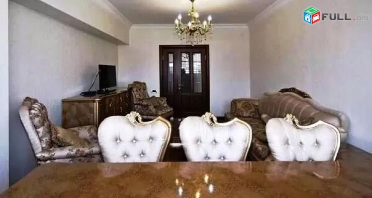 Պուշկինի փող. 3 սենյականոց բնակարան 100 ք. մ. ID 90061