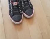 Մանկական կոշիկ-կեդ