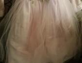 Տոնական, բրենդային զգեստ