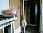 1 սենյականոց բնակարան Արգիշտի փողոցում, 31 ք.մ., բարձր առաստաղներ, 1/2 հարկ, քարե շենք