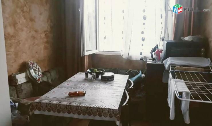 Տիգրան Մեծ Նար-Դոս խաչմերուկի մոտ 1 սենյականոց բնակարան 36մք Tigran Mec Nar-Dos