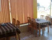 Փայտե սեղան աթոռներով (4)