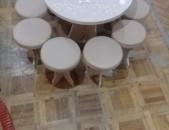 Խոհանոցի Կլոր սեղաններ և կլոր աթոռներ