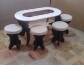 Ժուրնալի սեղաններ ապակիյով