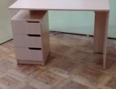 Նորաոճ գրասեղան (91)