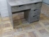 Նոր ոճի գրասեղան _ 4 _ դարակով