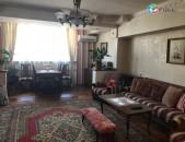 3 սեն. լուսավոր բնակարան Ամիրյան փողոցում